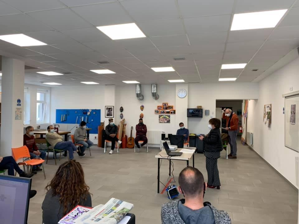 Ayer Ainhoa Galduroz, concejala de Getxo Udala nos ofreció una charla informativa acerca de los presupuestos participativos de Getxo 2022. Desde Sortarazi ya hemos hecho nuestras aportaciones. Anímate a participar!